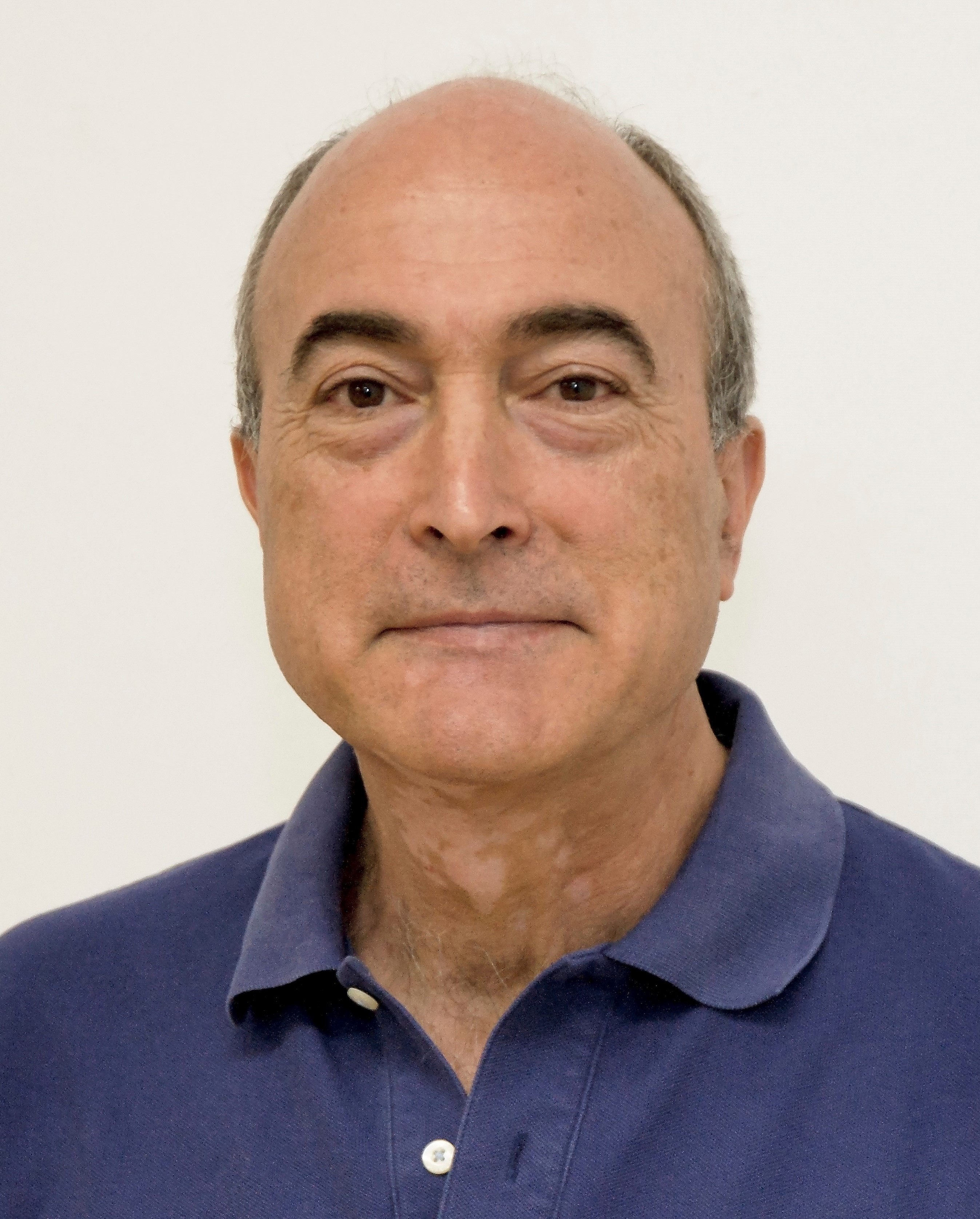 Martín León